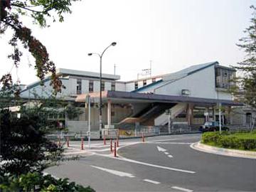 白岡駅東口徒歩1分駅から直ぐ近くです!